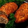 Ароматные, сочные куриные котлеты с грибной начинкой