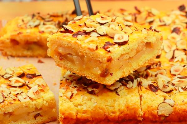 Быстрый рецепт закрытого песочного яблочного пирога