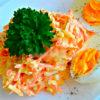 Изумительно вкусный французский салат с морковью и сыром — готовьте побольше!