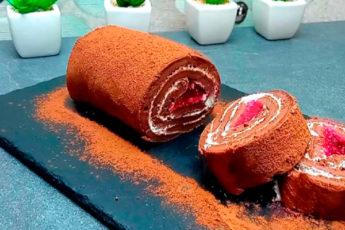 Шоколадный рулет на сковороде: быстро, просто, вкусно
