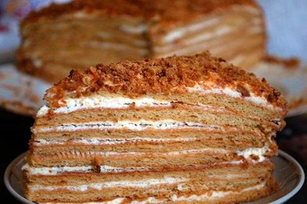Медовый торт «Винни Пух»: нежное и вкусное наслаждение