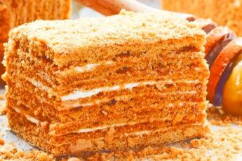 Медовый торт. Очень мягкий и нежный, как пух!