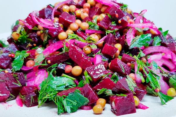 Очень вкусный, яркий и витаминный салат на каждый день!
