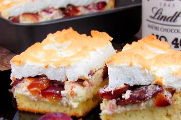 Хит осени! Мягкий и нежный пирог с творогом и сливами